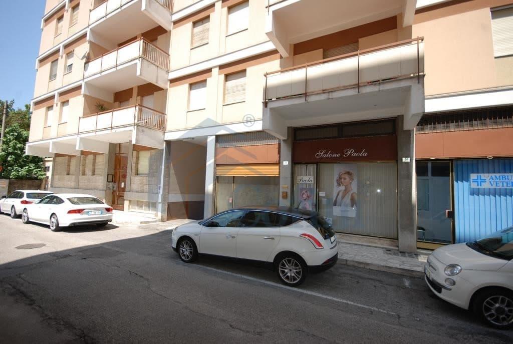 Negozio prezzo basso   Centro citt (Gorizia) - 3