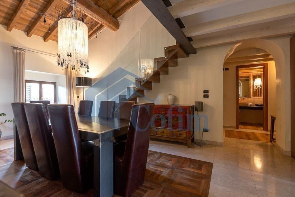 Appartamento di lusso lussuoso in vendita a verona for Case lusso vendita