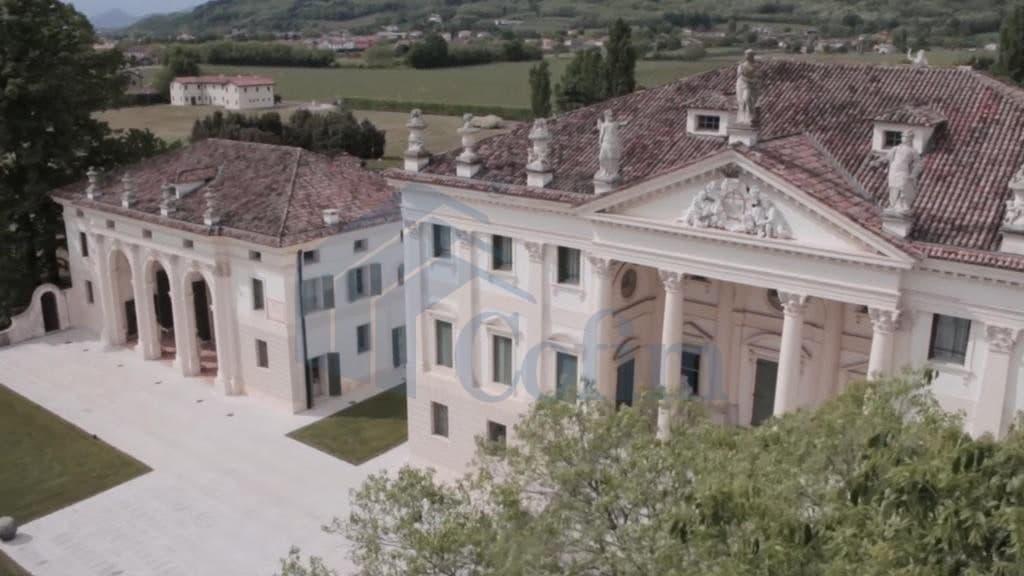 foto aerea villa d'epoca Venezia