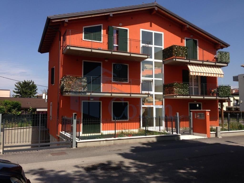 Immobiliare verona appartamento trilocale nuovo con for Arredamenti san giovanni lupatoto