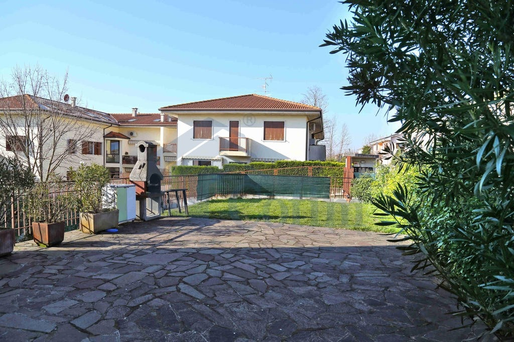 Five-rooms Apartment deep in the green  Santa Maria Di Negrar (Negrar) - 3