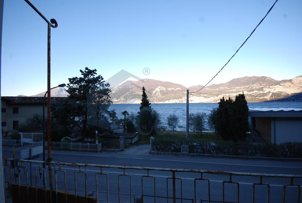 Casa indipendente lago di garda brenzone - Casa vista lago garda ...