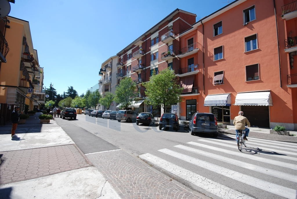 Ufficio zona strategica di passaggio  Verona (Fiera Golosine ) - 2