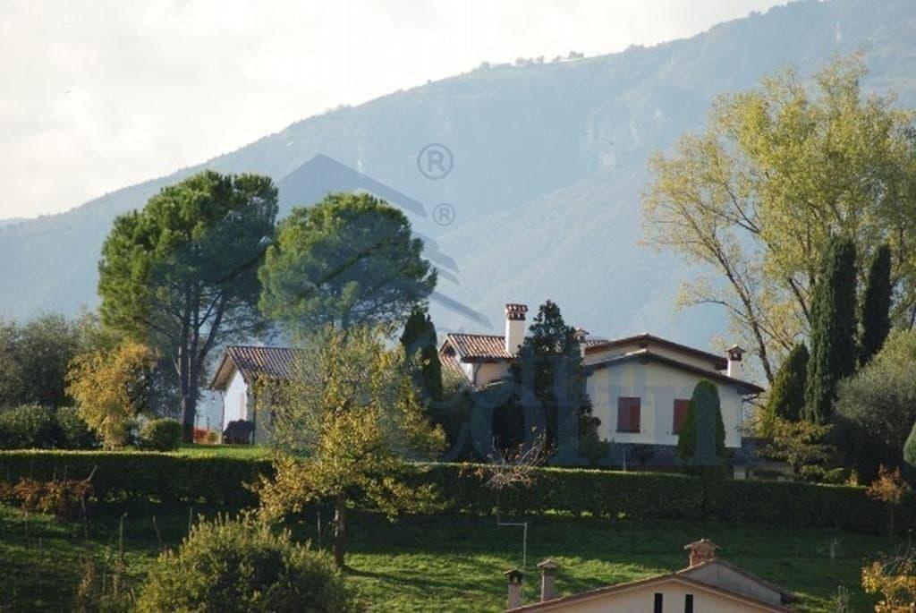 giardino villa vendita Monfumo