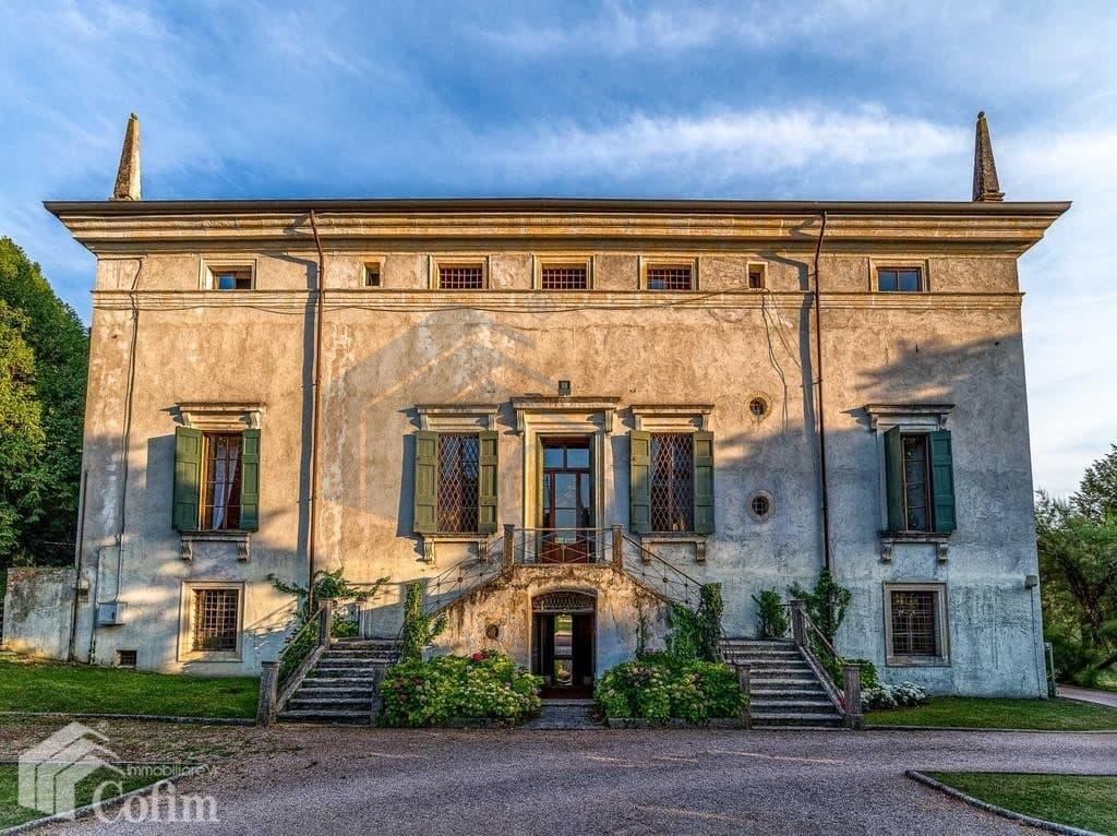 villa d'epoca in vendita a Verona facciata nord