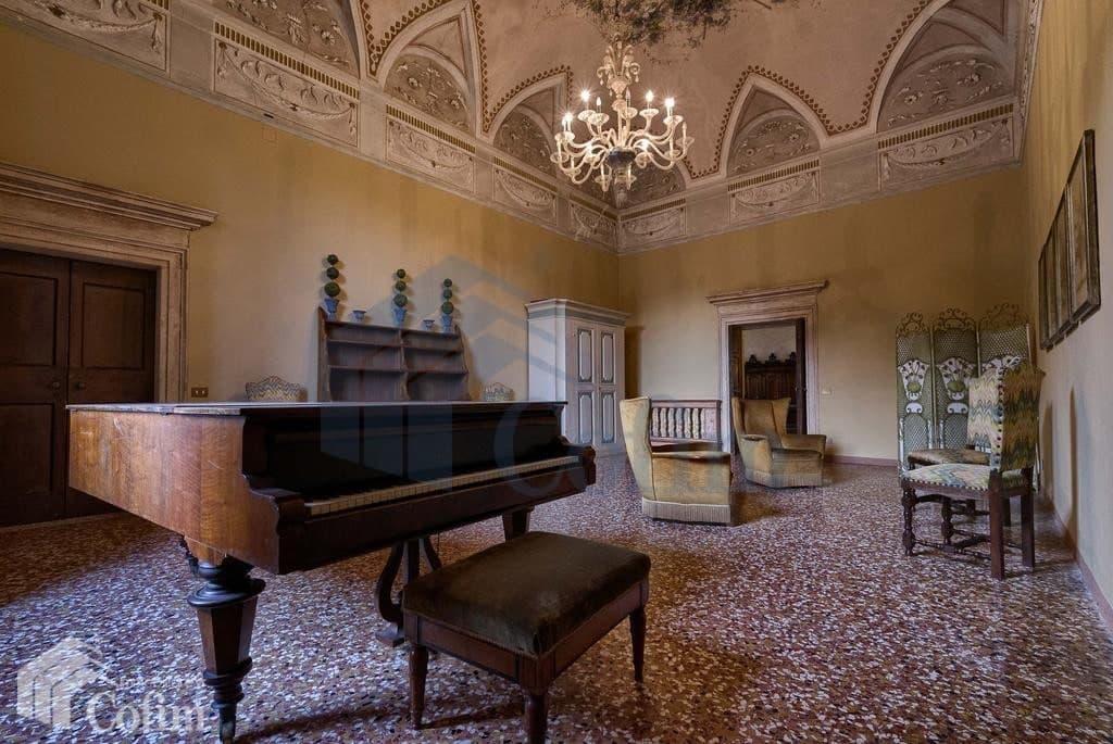villa d'epoca in vendita a Verona il piano