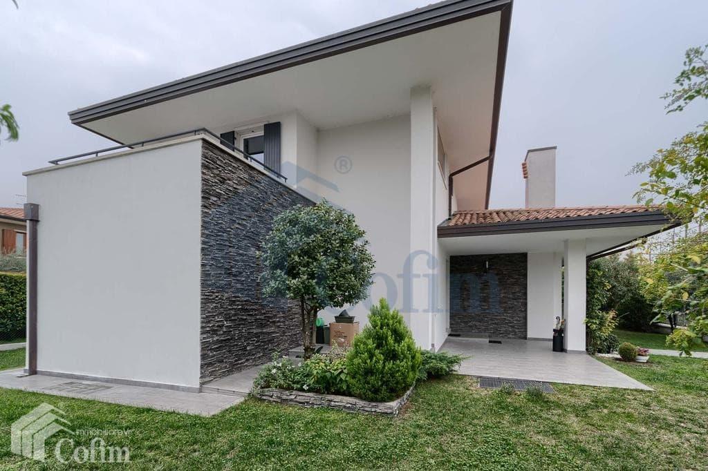Villa singola vendita verona pedemonte elegante