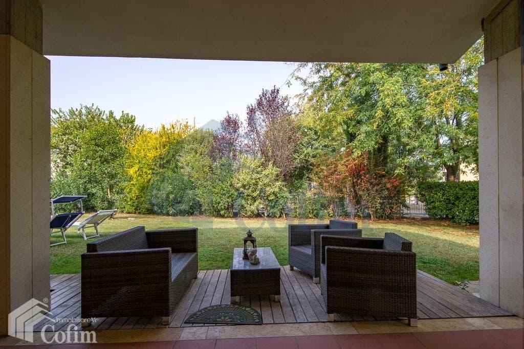 Villa in vendita a Verona Pescantina salottino est