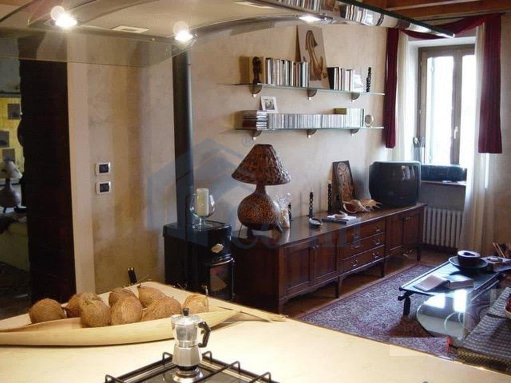 Appartamento bilocale centrale ARREDATO signorile in AFFITTO   Verona (San Zeno)