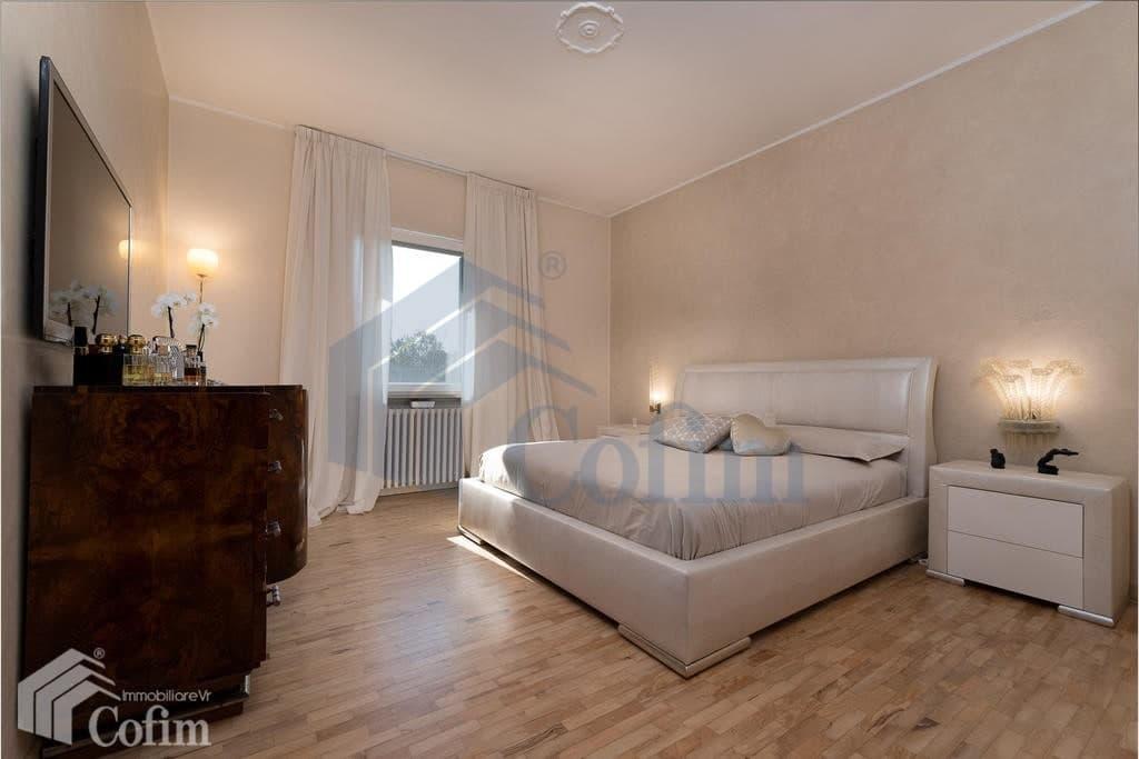 Villa con ampio GIARDINO in VENDITA posizione tranquilla  Pescantina (Pescantina) - 13