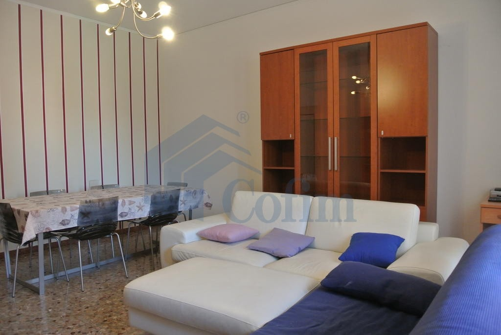 Appartamento quadrilocale ARREDATO in AFFITTO v.ze Ospedale Borgo Trento   Verona (Pindemonte) - 4