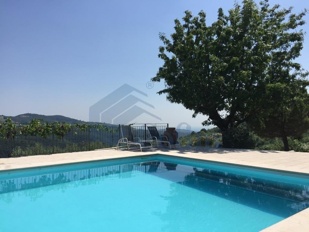 Villa nuova SPLENDIDA con PISCINA e ampio GIARDINO in VENDITA  Romagnano (Grezzana) - 3