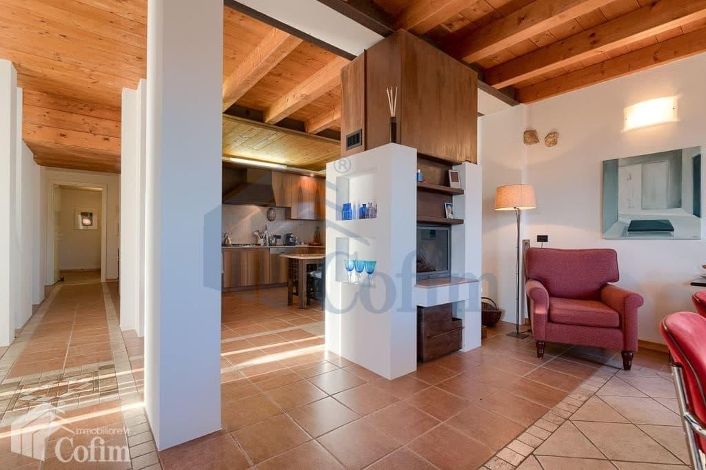 Villa nuova SPLENDIDA con PISCINA e ampio GIARDINO in VENDITA  Romagnano (Grezzana) - 6