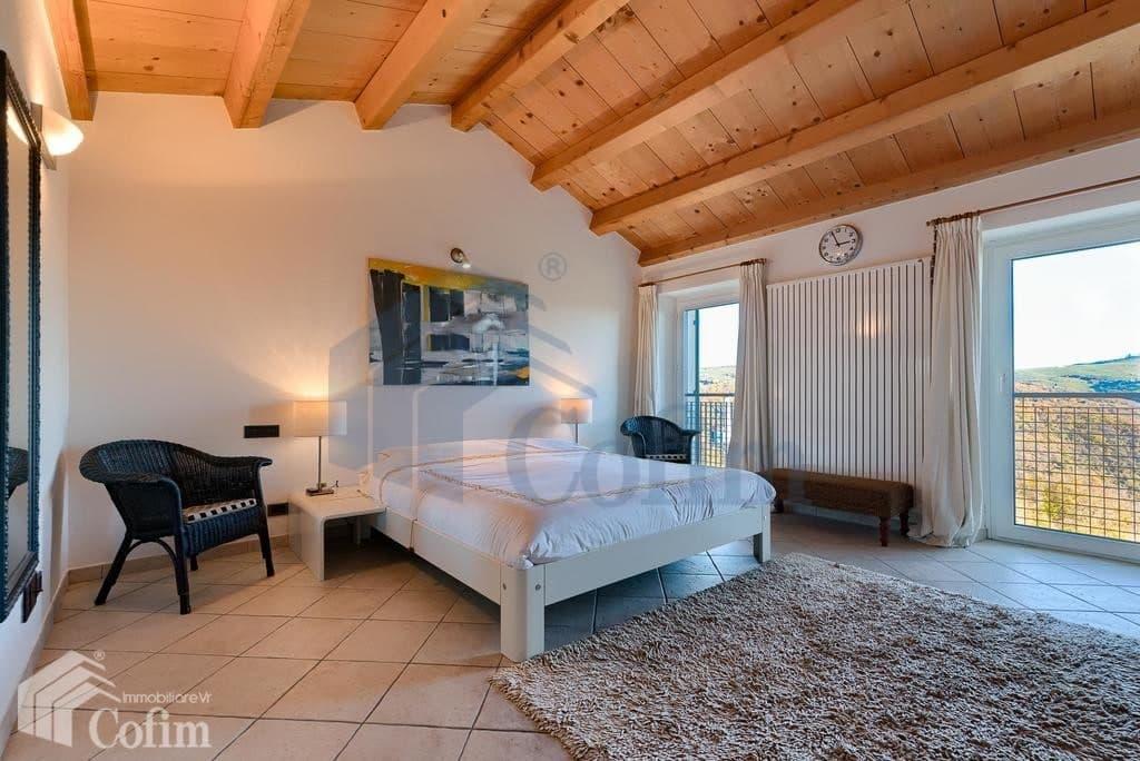 Villa nuova SPLENDIDA con PISCINA e ampio GIARDINO in VENDITA  Romagnano (Grezzana) - 16