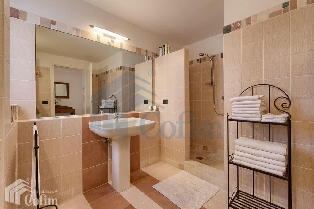 Villa nuova SPLENDIDA con PISCINA e ampio GIARDINO in VENDITA  Romagnano (Grezzana) - 20