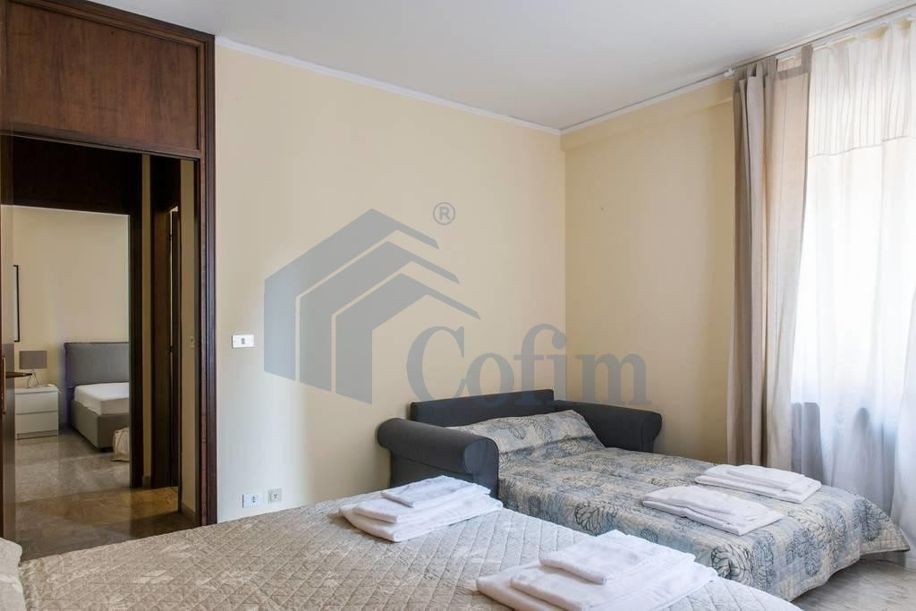Appartamento quadrilocale signorile in VENDITA zona VIA MAZZINI PIAZZA ERBE PORTA BORSARI  Verona (Centro Storico) - 5