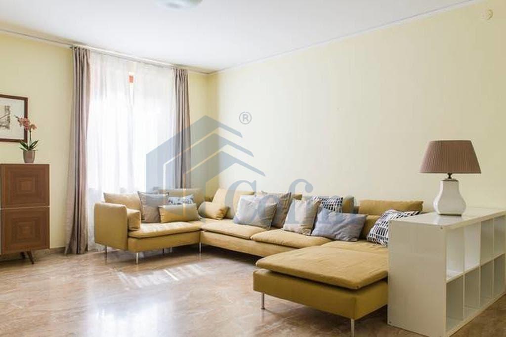 Appartamento quadrilocale signorile in VENDITA zona VIA MAZZINI PIAZZA ERBE PORTA BORSARI  Verona (Centro Storico) - 2