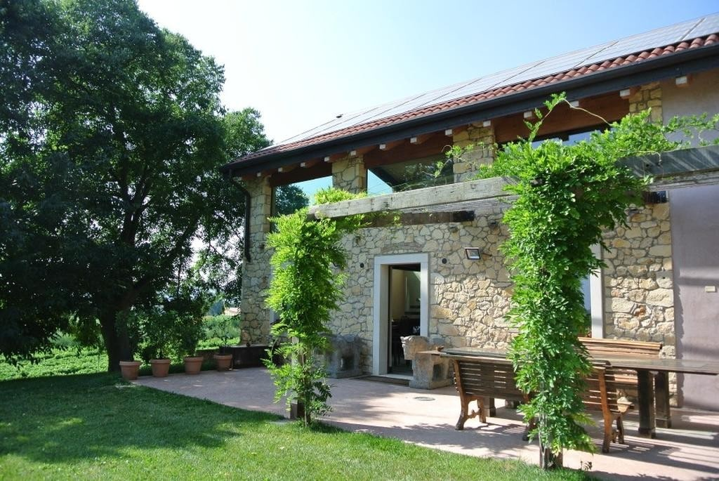 Cottage in beautiful renovated SALE with POOL and large GARDEN  Colognola Ai Colli (Colognola ai Colli) - 4