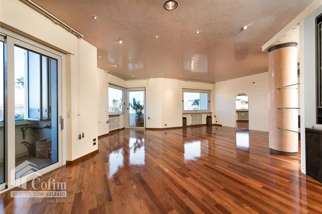 Appartamento panoramico di lusso in vendita Lungad