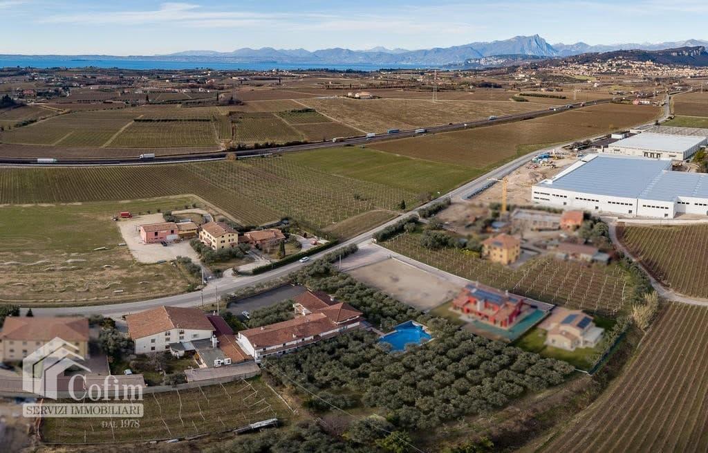Appartamento trilocale ARREDATO e corredato, con PISCINA, in AFFITTO v.ze LAGO DI GARDA  Cavaion Veronese (Cavaion Veronese) - 16