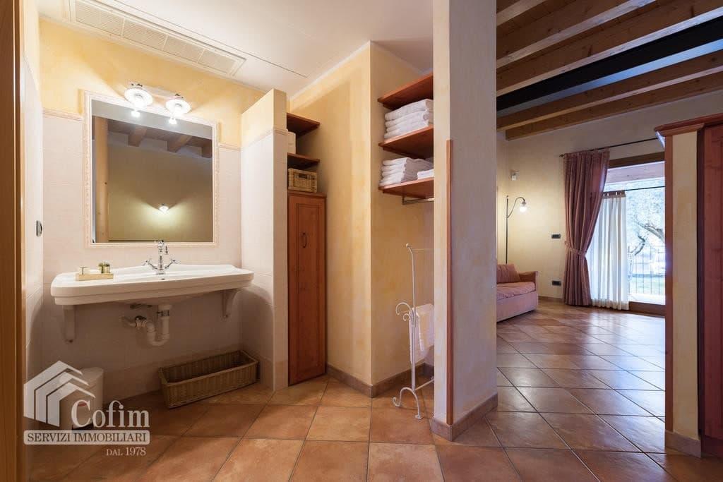 Appartamento trilocale ARREDATO e corredato, con PISCINA, in AFFITTO v.ze LAGO DI GARDA  Cavaion Veronese (Cavaion Veronese) - 5