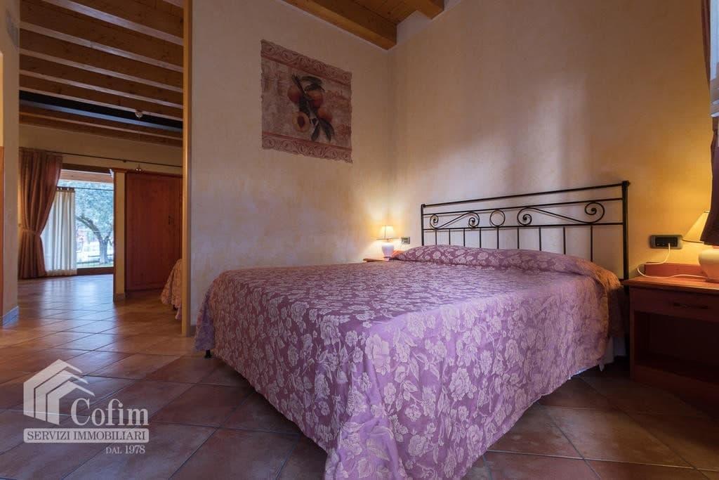 Appartamento trilocale ARREDATO e corredato, con PISCINA, in AFFITTO v.ze LAGO DI GARDA  Cavaion Veronese (Cavaion Veronese) - 7