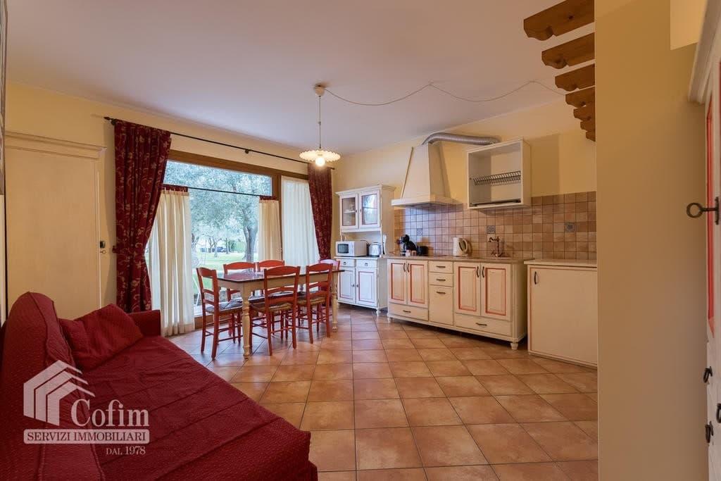 Appartamento trilocale ARREDATO e corredato, con PISCINA, in AFFITTO v.ze LAGO DI GARDA  Cavaion Veronese (Cavaion Veronese) - 10
