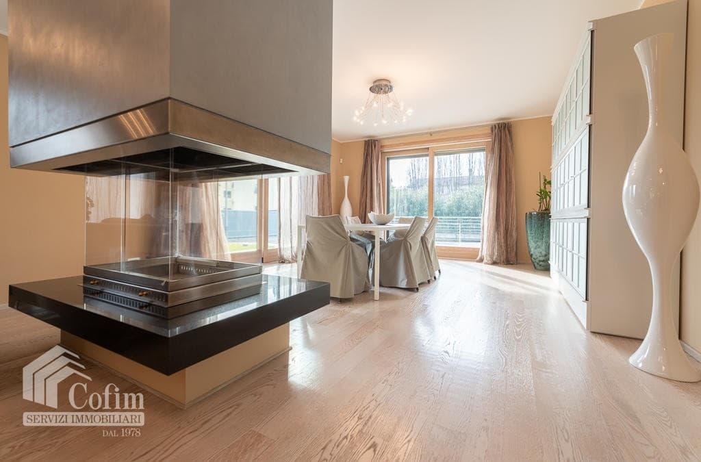 Luxury villa for sale with indoor swimming pool   Pozzo (San Giovanni Lupatoto) - 6