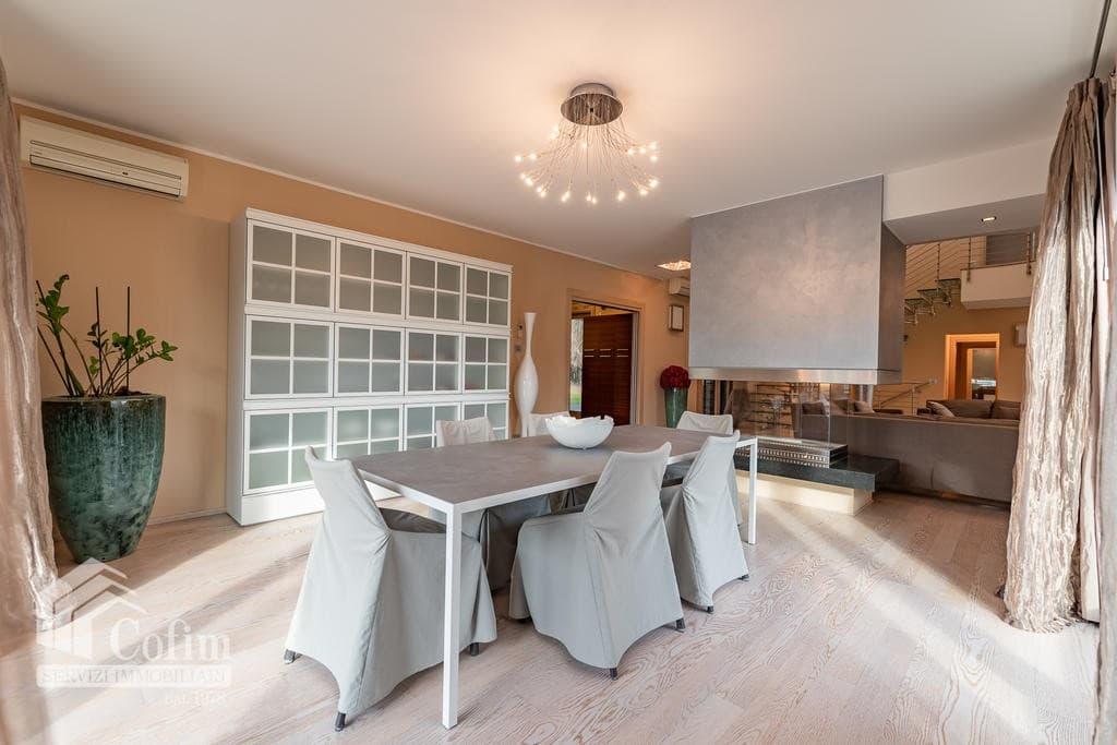 Luxury villa for sale with indoor swimming pool   Pozzo (San Giovanni Lupatoto) - 10