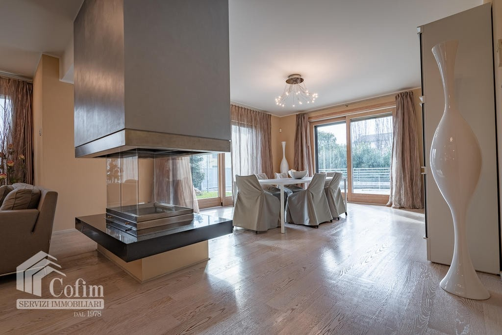 Luxury villa for sale with indoor swimming pool   Pozzo (San Giovanni Lupatoto) - 15