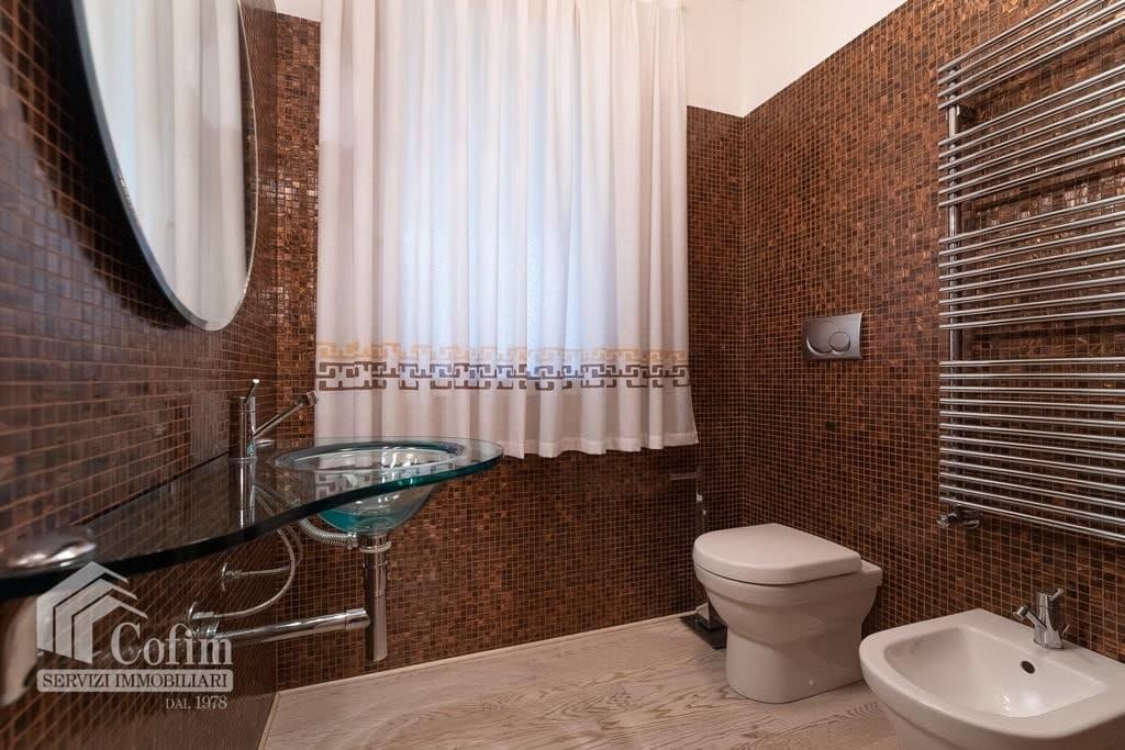 Luxury villa for sale with indoor swimming pool   Pozzo (San Giovanni Lupatoto) - 20