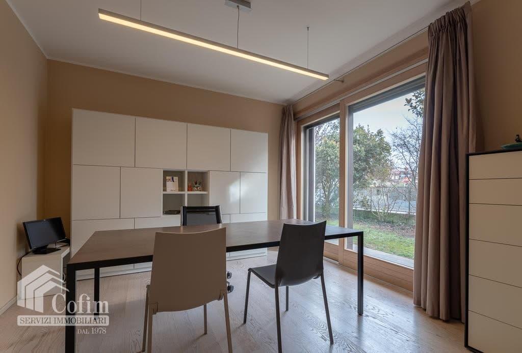 Luxury villa for sale with indoor swimming pool   Pozzo (San Giovanni Lupatoto) - 24
