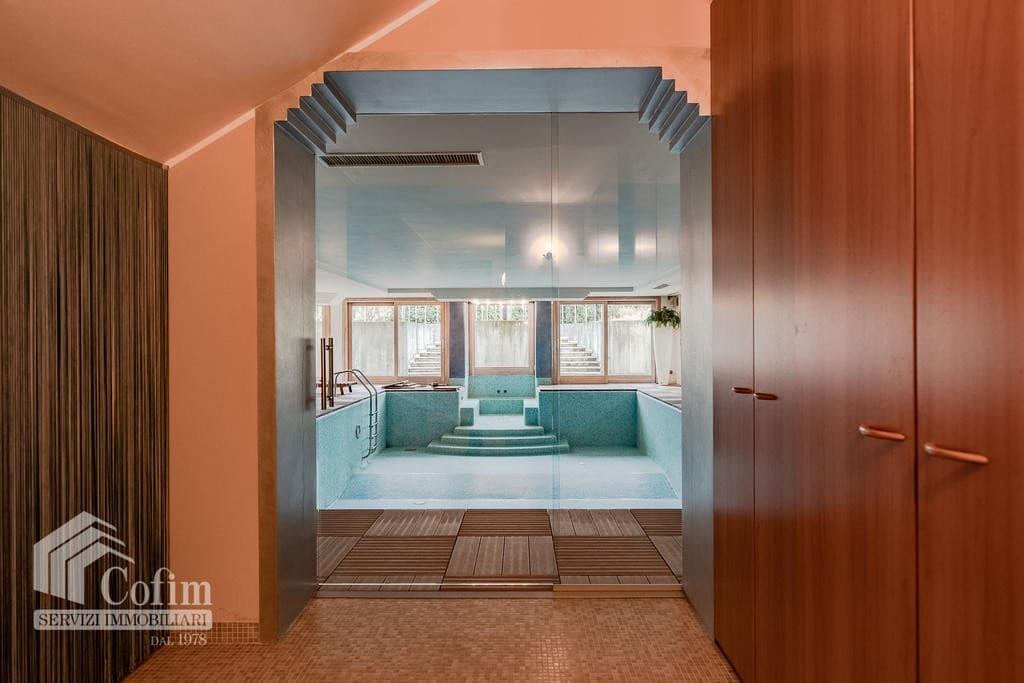 Luxury villa for sale with indoor swimming pool   Pozzo (San Giovanni Lupatoto) - 32