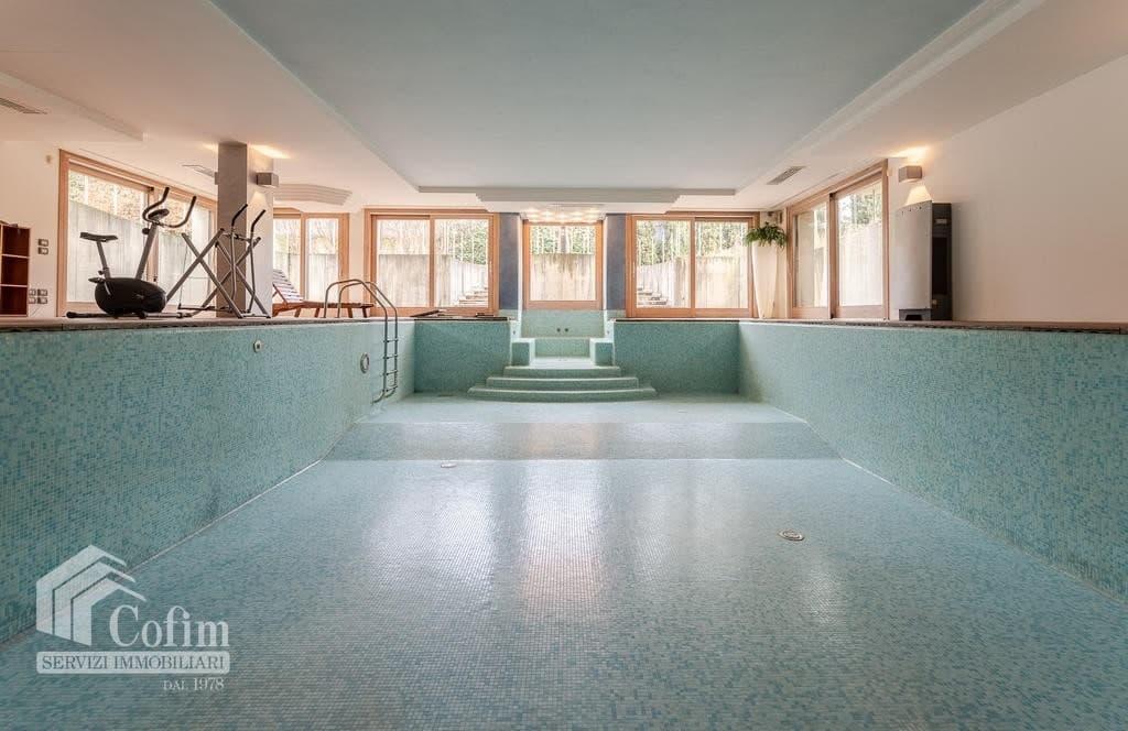 Luxury villa for sale with indoor swimming pool   Pozzo (San Giovanni Lupatoto) - 4