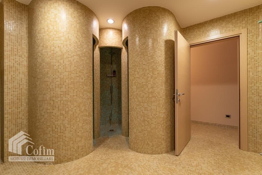 Luxury villa for sale with indoor swimming pool   Pozzo (San Giovanni Lupatoto) - 33