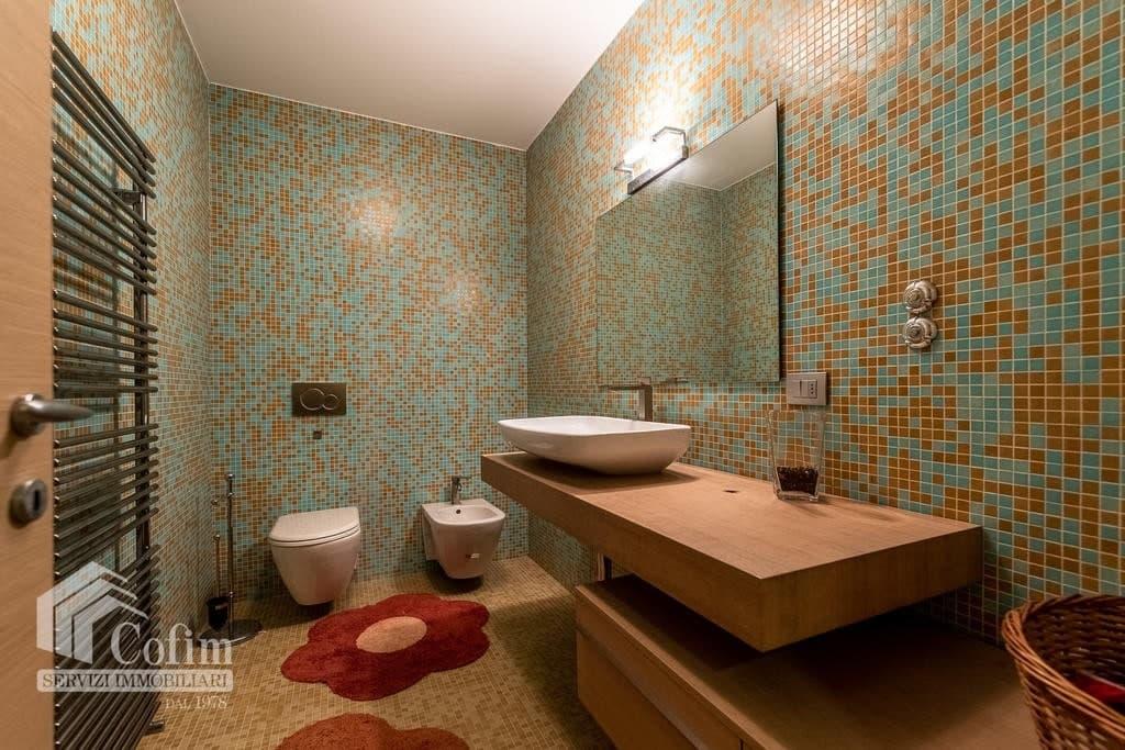 Luxury villa for sale with indoor swimming pool   Pozzo (San Giovanni Lupatoto) - 35