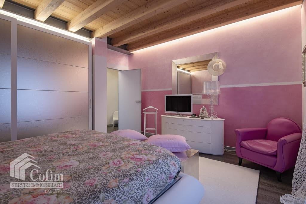 Villa di lusso recente, panoramica in VENDITA, Classe A1, finiture di pregio  Sona (Sona) - 12