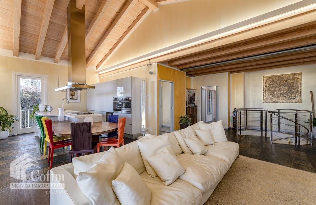 Villa di lusso recente, panoramica in VENDITA, Classe A1, finiture di pregio  Sona (Sona) - 16