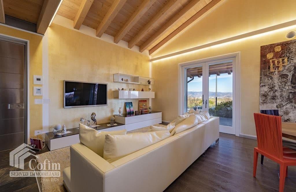 Villa di lusso recente, panoramica in VENDITA, Classe A1, finiture di pregio  Sona (Sona) - 5