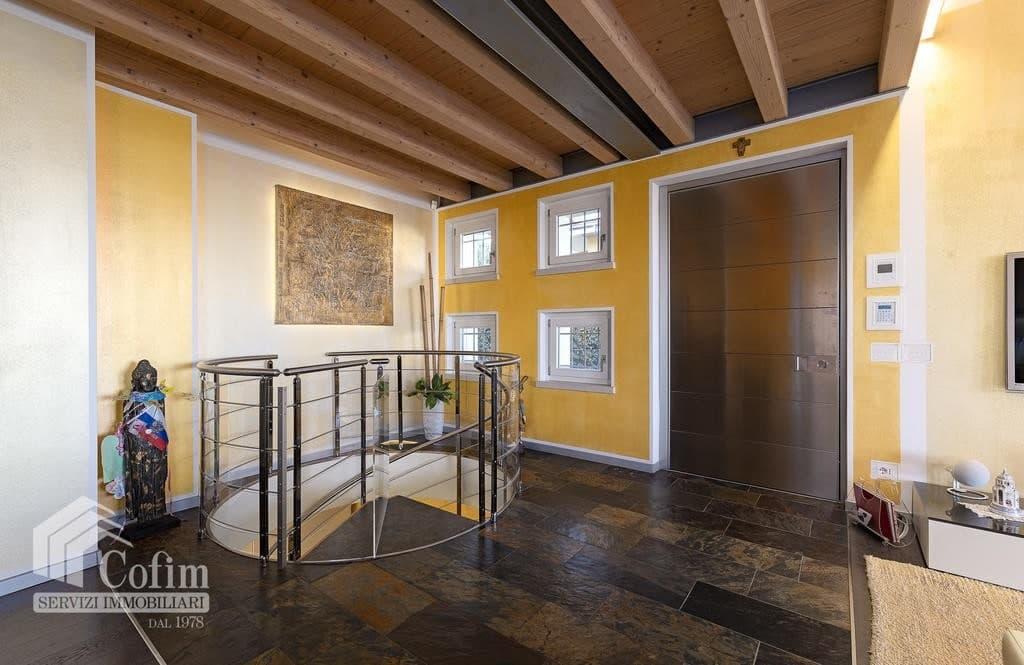 Villa di lusso recente, panoramica in VENDITA, Classe A1, finiture di pregio  Sona (Sona) - 17