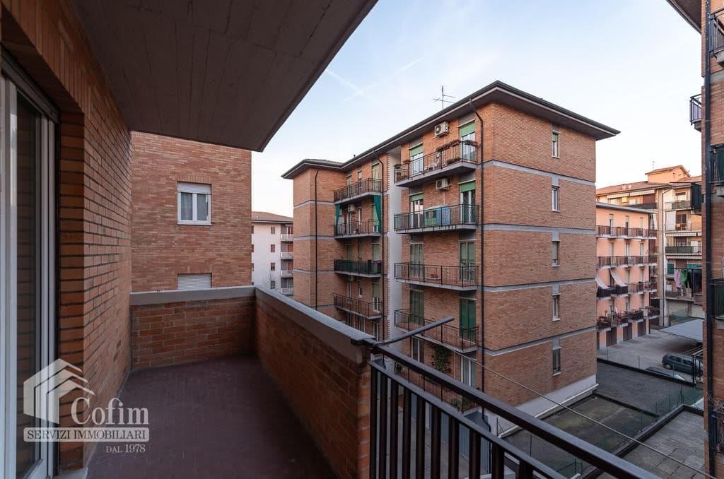Appartamento trilocale in VENDITA in bel condominio in ottima posizione  Verona (San Michele) - 9