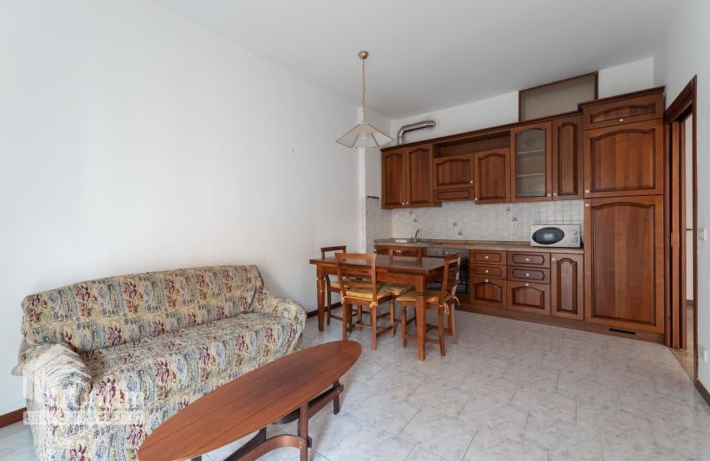 Appartamento trilocale in VENDITA in bel condominio in ottima posizione  Verona (San Michele) - 11
