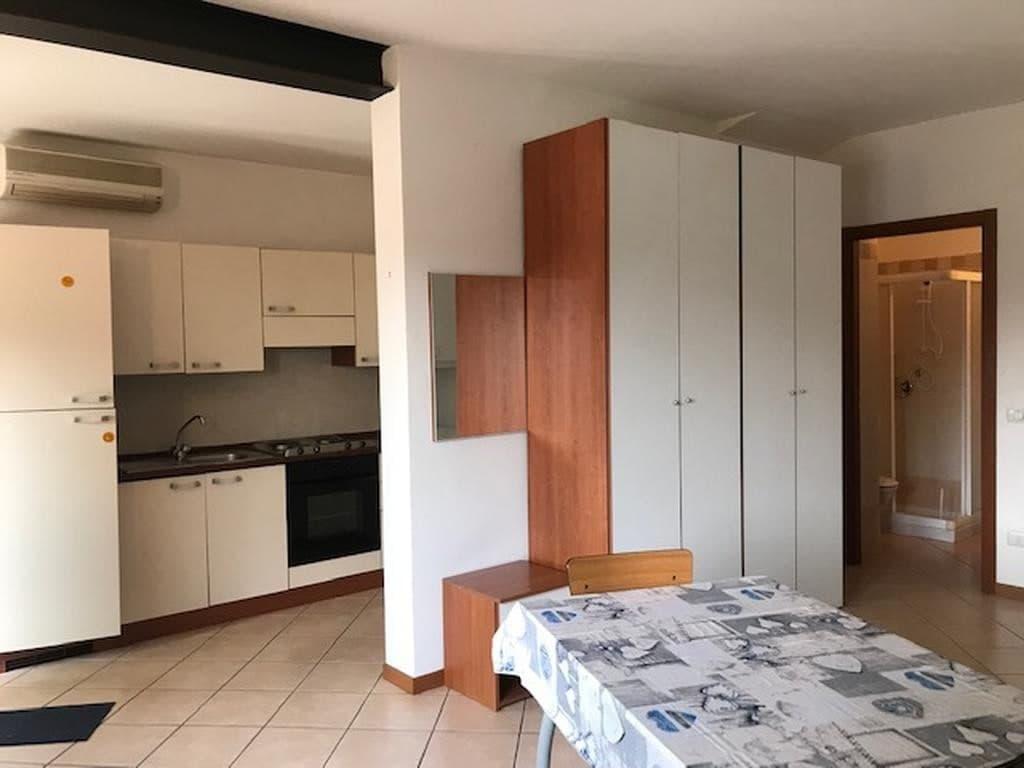 Appartamento monolocale completamente ristrutturato ed arredato  Settimo (Pescantina) - 8