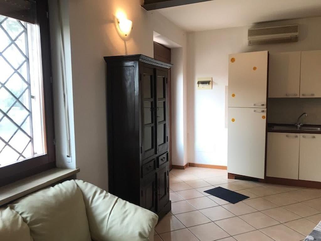 Appartamento monolocale completamente ristrutturato ed arredato  Settimo (Pescantina) - 10