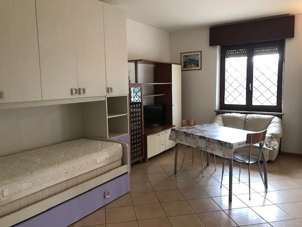 Appartamento monolocale completamente ristrutturato ed arredato  Settimo (Pescantina) - 11
