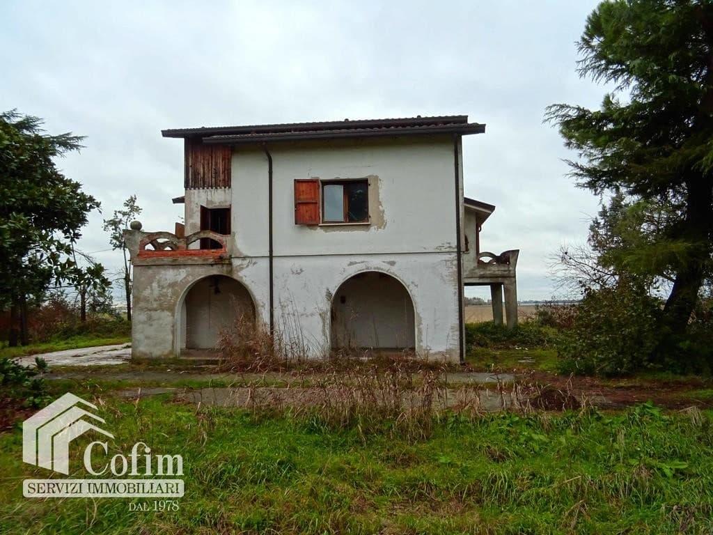 Villa da ristrutturare con parco  Polesella (Polesella)