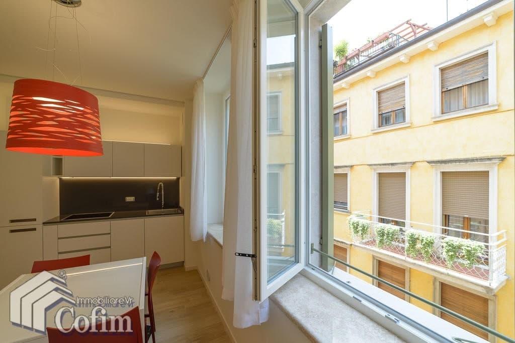 Appartamento bilocale nuovo signorile ARREDATO in AFFITTO ad.ze Via Mazzini  Verona (Centro Storico) - 3