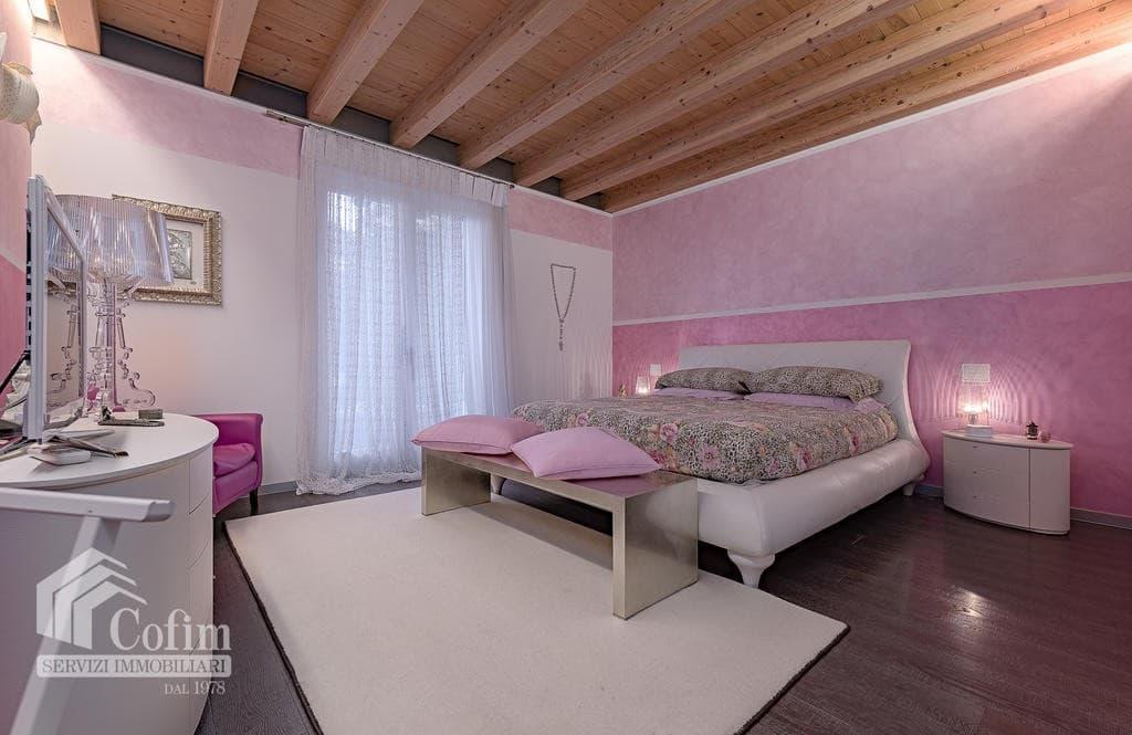Villa di lusso NUOVA, panoramica in VENDITA, Classe A1, finiture di pregio  Sona (Sona) - 7