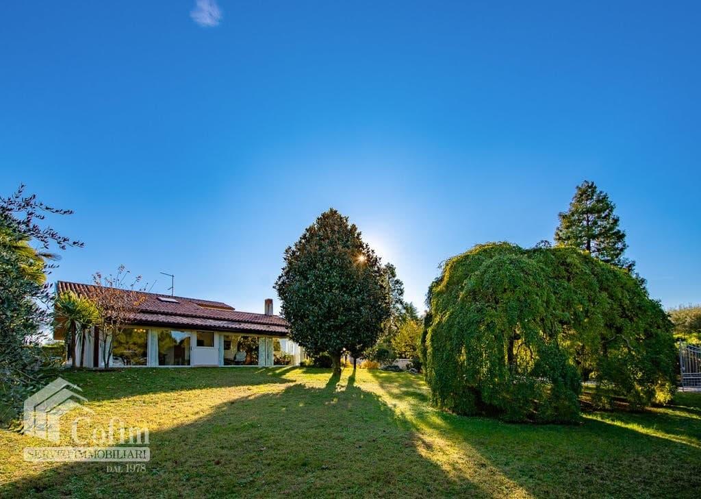 Villa in vendita a Lazise - esterno