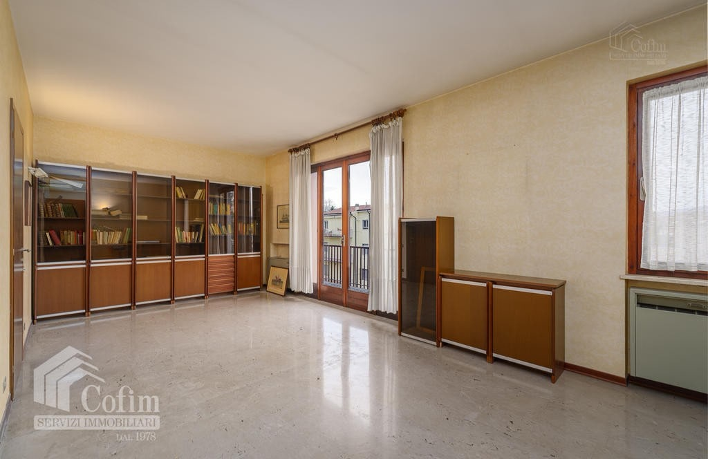 Appartamento cinque locali ULTIMO PIANO in VENDITA in palazzo d'epoca Str.ne Porta Palio  Verona (Centro ) - 13